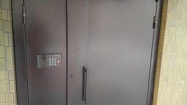 Заказать дверь металлическую в Хабаровске